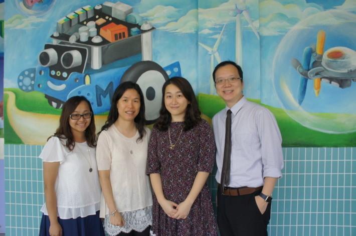 (右起)蕭惠芳、文雁菁、鄭燕妮和趙嘉俊老師,是BYOD 2.0課程設計的核 心老師