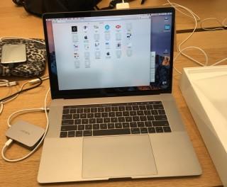 火牛的問題,可能會導致無法透過第三方 USB Type-C hub 向 MacBook Pro 充電。