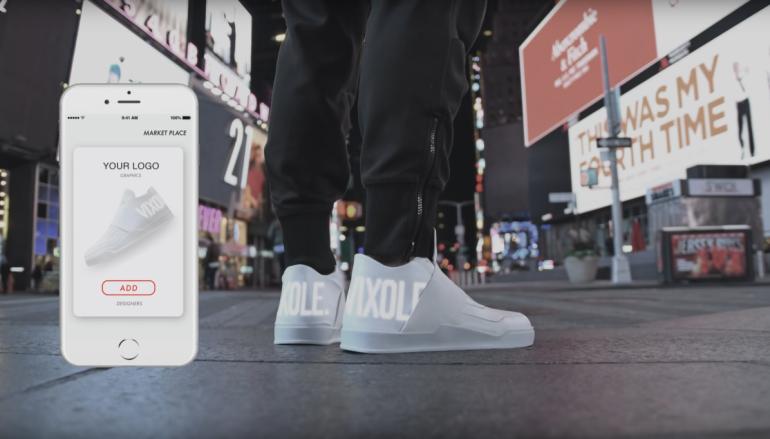 百變 E-Sneakers LED 顯示屏自訂圖案