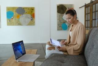 配合新版本 Adobe Photoshop 和 Apple Pencil, Mac 機也可以享用到 Microsoft Surface 那種觸屏執相繪圖的便利。