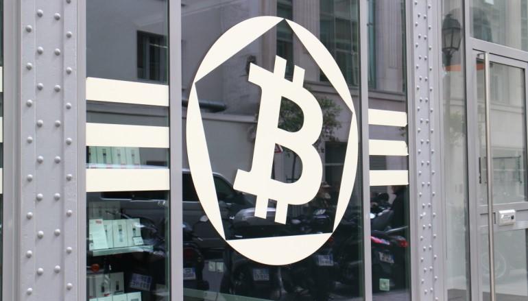 Bitcoin 逼近千美元 總值貴過 Twitter