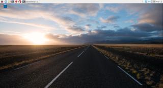 Raspbian 的新版本桌面 PIXEL 以黃昏的公路作預設背景