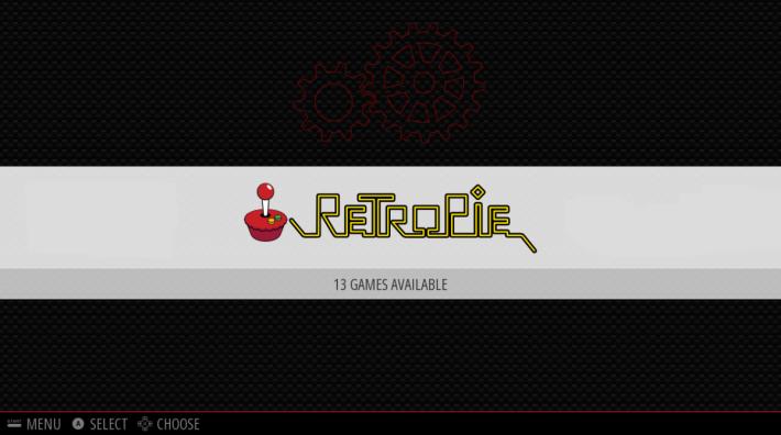 完成後就會進入主畫面,「RetroPie」這個標誌就是設定菜單的入口,按 A 掣進入後可以進行各種仔細設定。畫面上說有 13 個遊戲可玩,其實是 13 個設定選項。