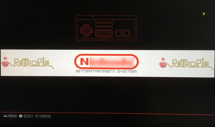 抄寫好檔案之後,重新啟動 RetroPie ,就會見到相關遊戲機的標誌。按左右鍵移到該標誌就可以進入該機種的遊戲目錄選玩了。玩夠的話按 select + start 就可以跳回遊戲目錄。