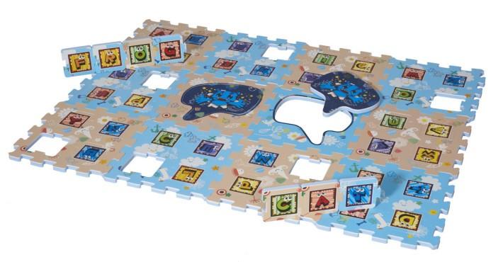 AR ALPHABET 英語學習保護地墊,可讓小童自由組合字詞。