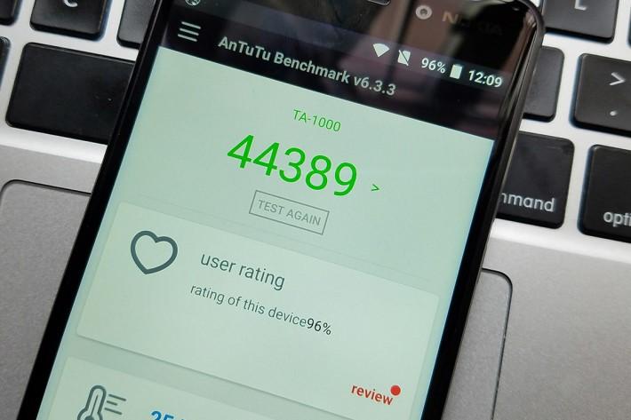 AnTuTu 6 得分只有44,389,可見 S430 處理器效能只屬入門級別。