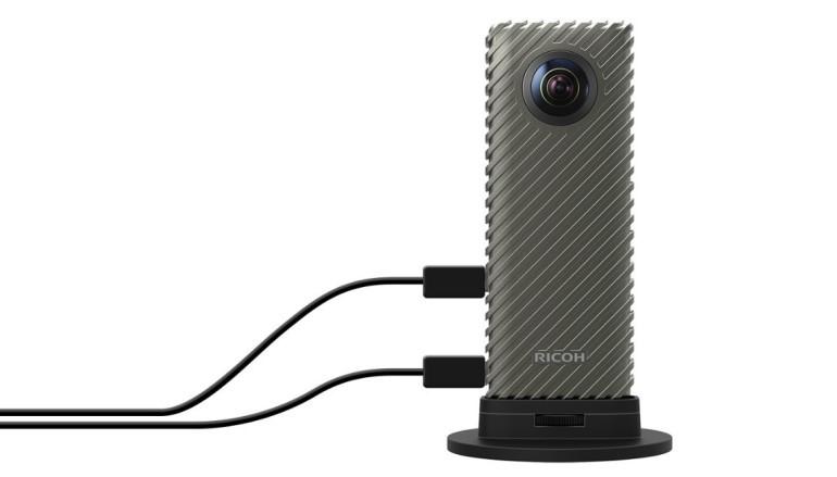 【CES 2017】Ricoh R 開發者套件 拍足 24 小時 360° 全景直播