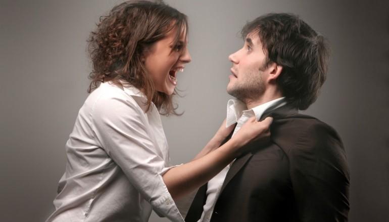 男人女人的戰爭 兩隻 Google Home 在吵架