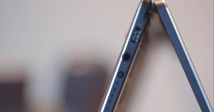 另一個USB-C 及未有放棄使用3.5 mm插口