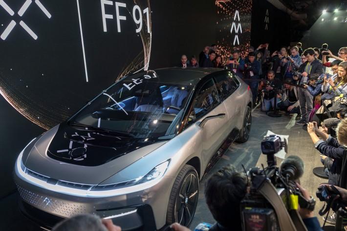 faraday-future-ff91-ces-2017-13-1200x800-c