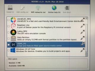 你可以透過 RPi 的官方安裝軟件 NOOBS 來安裝 OSMC 。