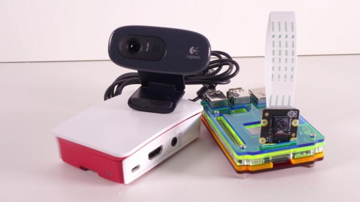 無論是 Webcam 或 官方鏡頭模組都可以配合 MotionEyeOS 使用