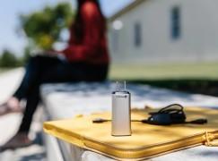 可能是最輕巧的 USB-C 筆電火牛 Finsix DART-C