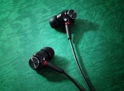 【 PCM 實測】Maxell 可換線中階耳機 中高音好出色