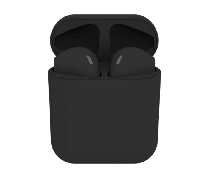 BlackPods 不論是耳機還是收納盒都是以全黑示人,而且這個黑魂版並不普通,而係用上啞黑色有防刮效果的塗層,係非一般的黑魂版。
