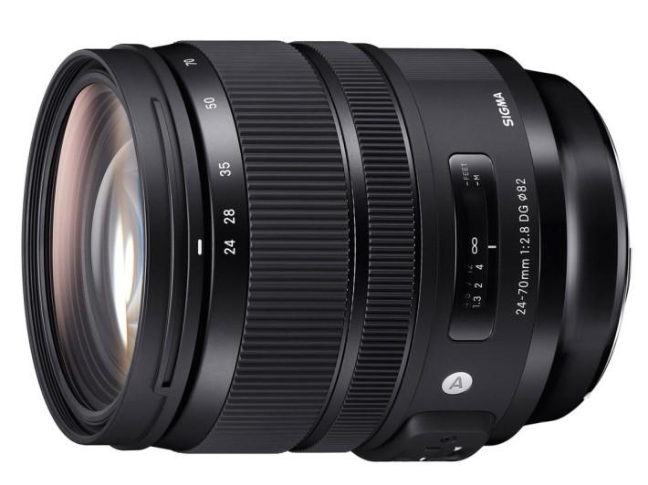 SIGMA 24-70mm F2.8 DG OS HSM | Art 鏡身有齊變焦環及對焦環。