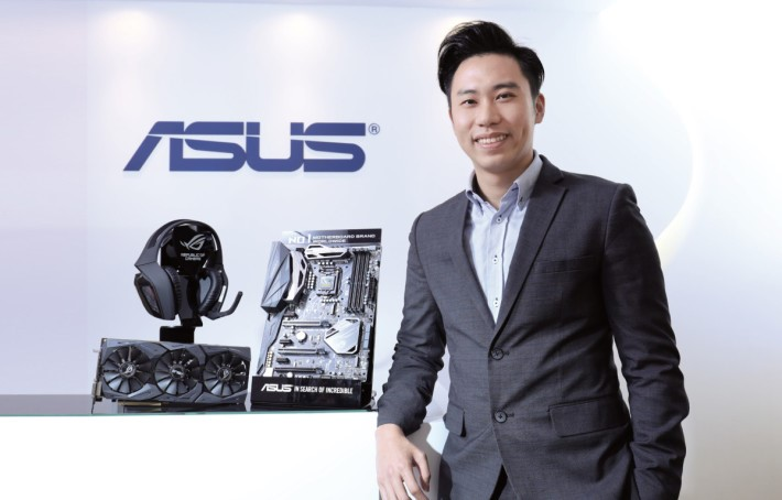 ASUS 開放平台業務處 — 業務發展副經理余海城。