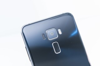 ZenFone 3有鐳射對焦技術,主鏡頭拍照時測光準確,對焦快捷。