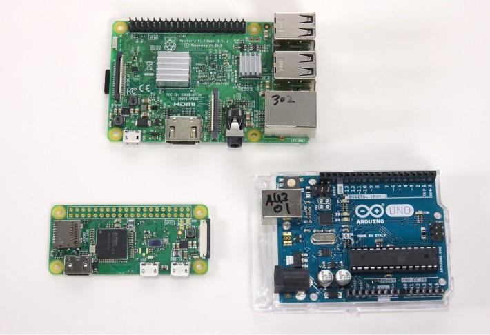 三個 DIY 平台:RPi 3 Model B(上)、RPi Zero W (下左)和 Arduino UNO Rev 3 (下右)