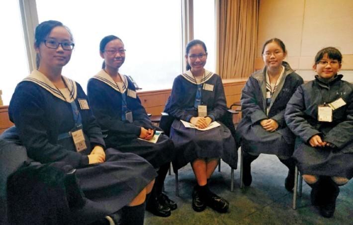 參加了 Girls Go Tech 計劃的寶血會上智英文書院女學生。