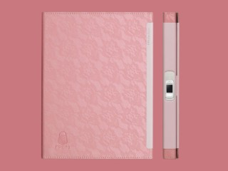 Lockbook 書邊有個指紋鎖,除此之外與一般活頁筆記本無異。
