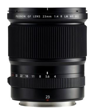 Fujifilm 中片幅 GF23mmF4 R LM WR 定焦廣角鏡,相當於 35mm 規格的 18mm。