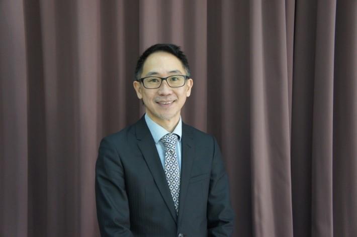 微軟香港教育事務及合作夥伴發展主管黃思偉表 示,提供給予學校的服務無分等級及廠商限制,主 力是協助學校尋求合適的教學方案。