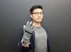 柏金遜救星 港產防震手套