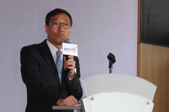 黃克強表示,機會已在面前,創業公司要好好把握機會,方可更上一層樓。但同時,香港的法規和創新文化需要有突破。