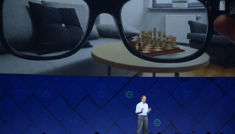 【 Facebook F8 】Facebook 概念 AI 眼鏡 幫你認出被遺忘的人