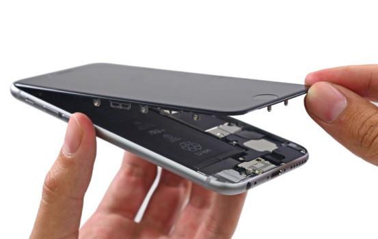 [iPhone 10 周年] iPhone 維修費夠起高鐵 !?