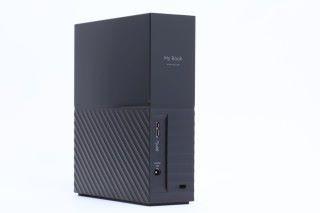 如果大家是遊戲收藏家,或者平日習慣錄影片段,就建議選擇 6TB 容量,效能及容量都會更勝原廠硬碟。