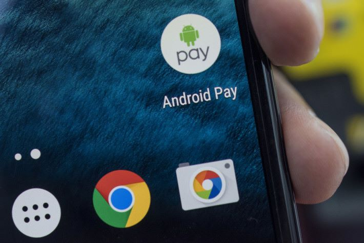 Android O Beta 版會令手機的 Android Pay 功能暫停。