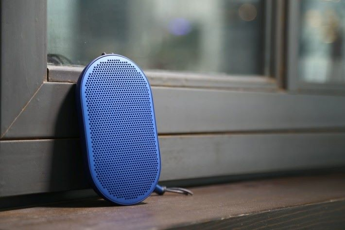 BEOPLAY P2 便攜式播放器