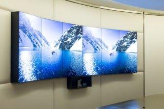 Media-Go 能提供各種視訊牆方案,包括弧形電視牆。