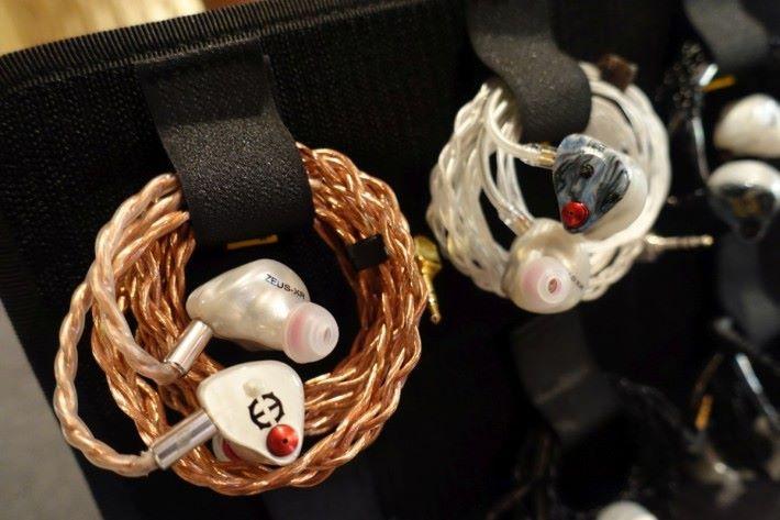 耳機線材也是流動音響中多用家會留意的產品之一