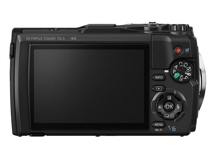 機背就顯示了 4K 攝錄功能,並搭載 3 吋屏幕。