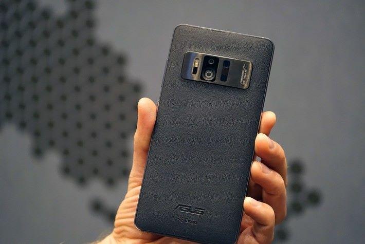 ASUS 最強 VR / AR 手機 ZenFone AR