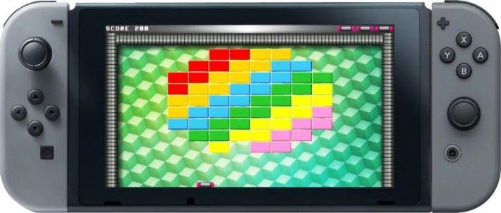 示範中可以用 FUZE 寫簡單的撞磚遊戲,不過實際上它還可以應用到 Joycon 手掣的感測器來編寫體感遊戲。