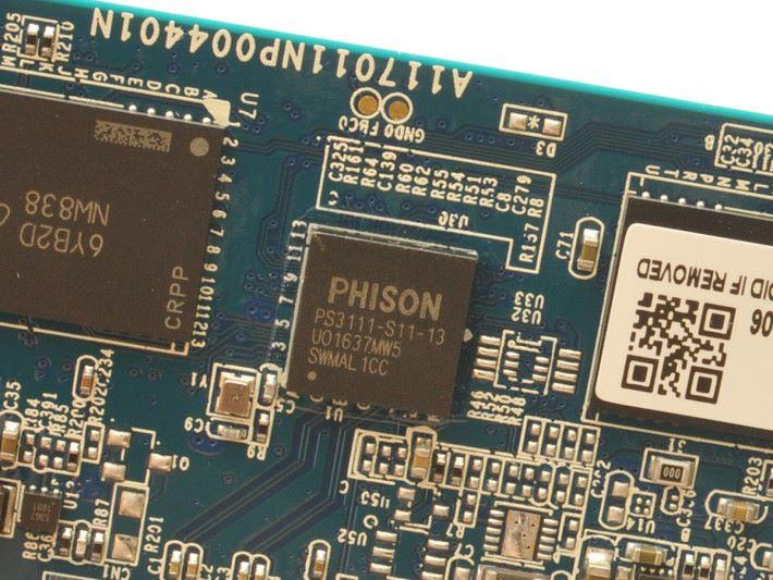 Phison PS3111-S11主控晶片佔用空間少。