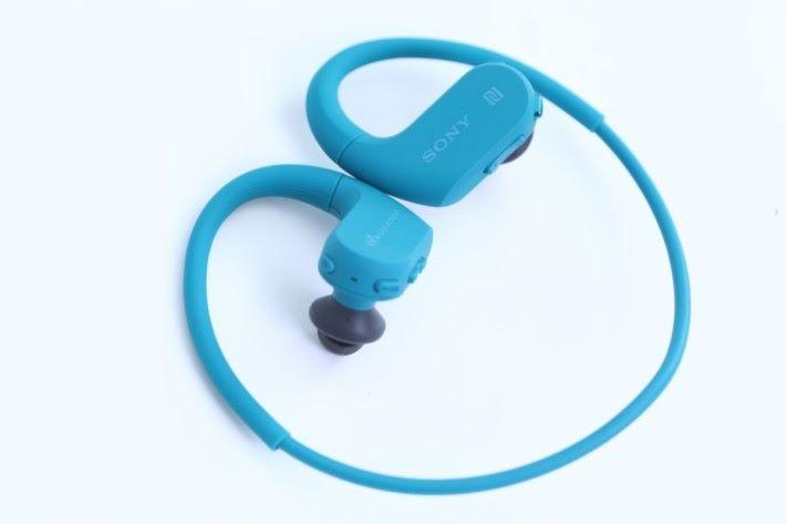 既係耳機又係 Walkman