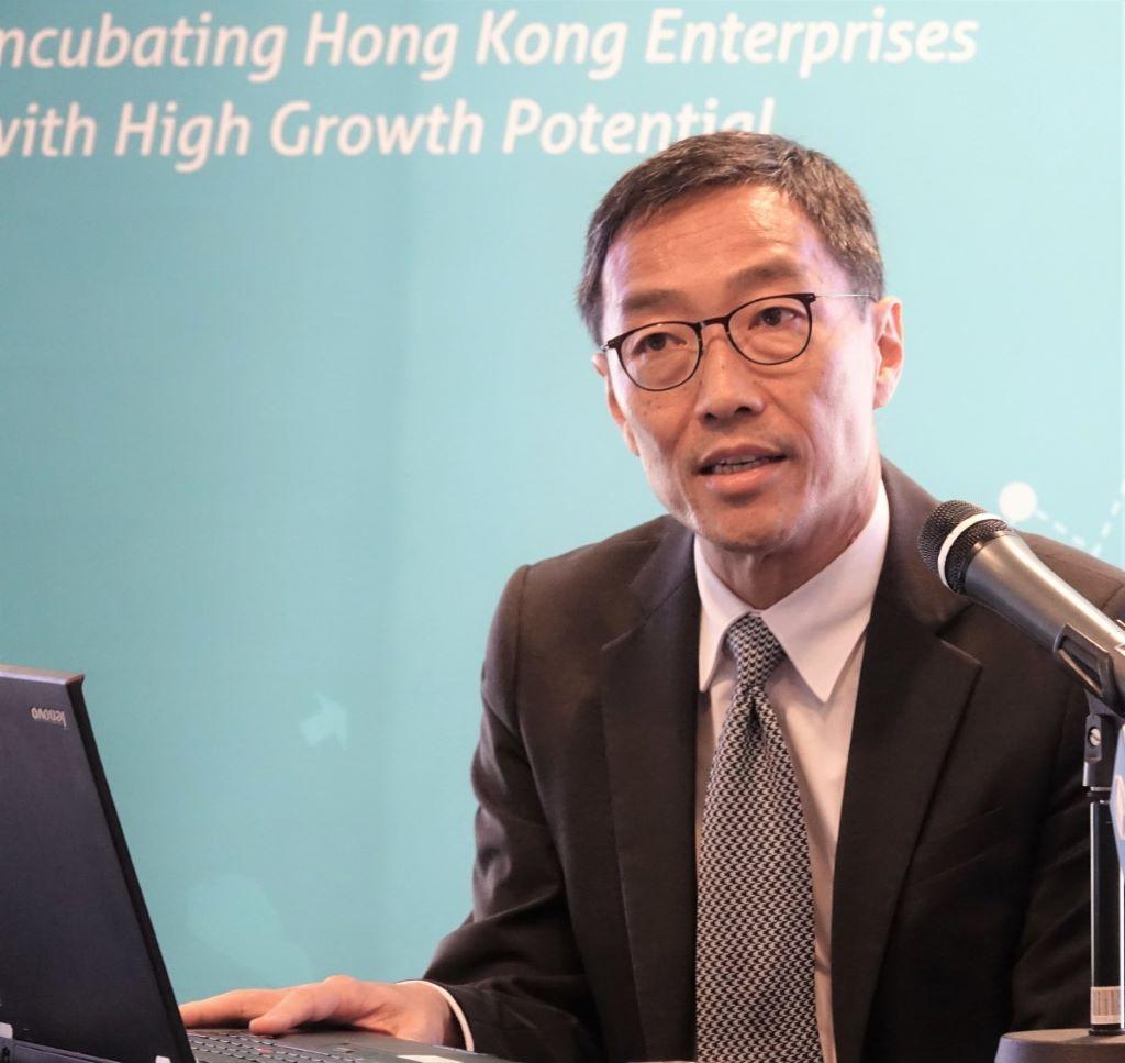 黃克強表示,「上市之路」平台將舉行一系列工作坊,為計畫上市的公司提供資訊及交流,又將適合的公司轉介予港交易。