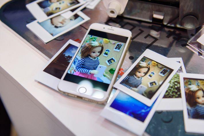 照片效果與手機不同,多了一份懷舊感覺,非常特別。
