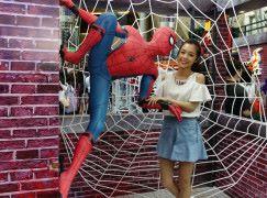 【蜘蛛俠強勢回歸】去朗豪坊扮蜘蛛俠倒吊拍 360 影片