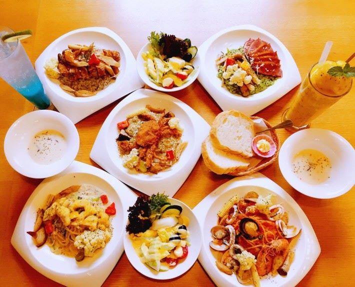 料理以西式意粉、燉飯為主。