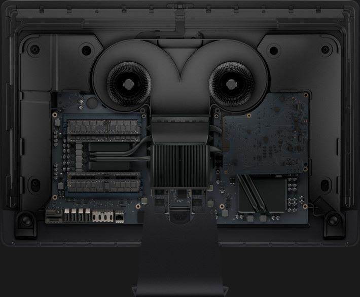 要用上那麼高效能的處理器,內部散熱也重新設計。