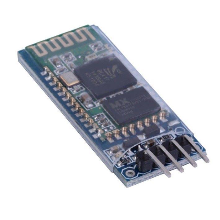 Arduino 電子板各具功能,上述的 Nano 和 UNO,大多會作運算使用,但缺點是兩者均沒有訊息傳送的能力,考慮到手套用無線操作效果最佳,因此加入 Arduino HC-06 藍牙板,訊息就可經由藍芽傳送至手機。