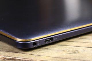 另一側提供一組 USB 3.0 Type-C 介面。