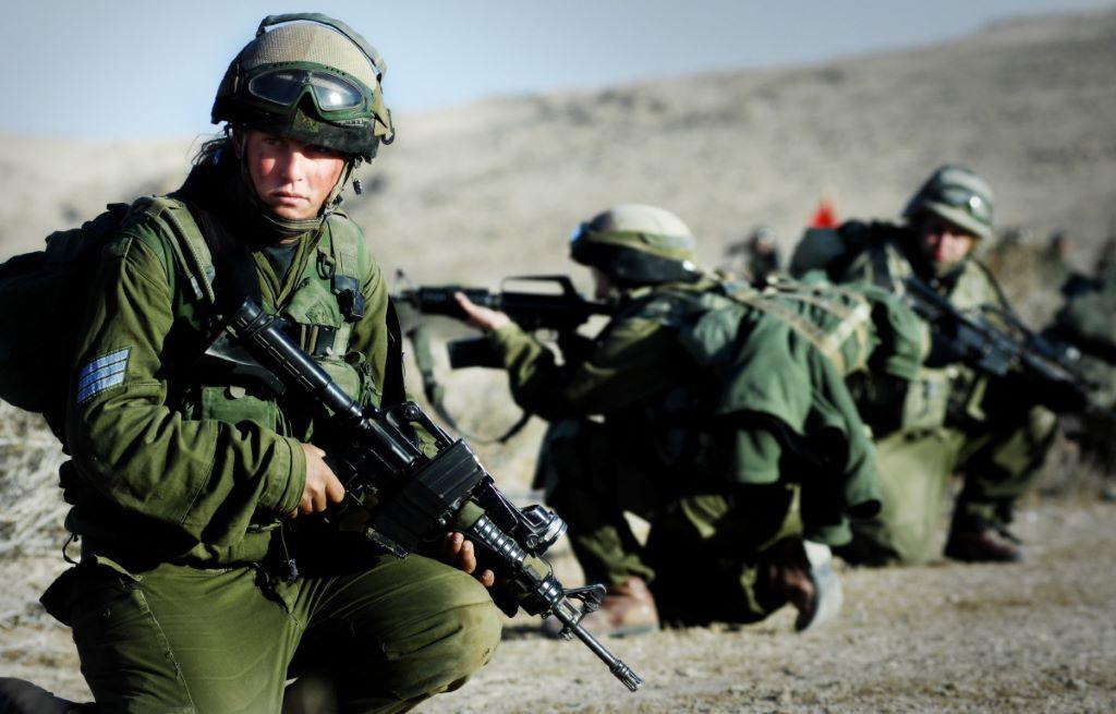 以色列受環境迫使,推行全民當兵政策,反而培養出創新精神。