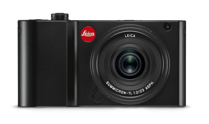 全黑的 Leica TL2 加上小紅圈,格外突出。